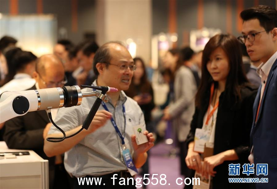香港举行人工智能展览 助传统行业提升业务