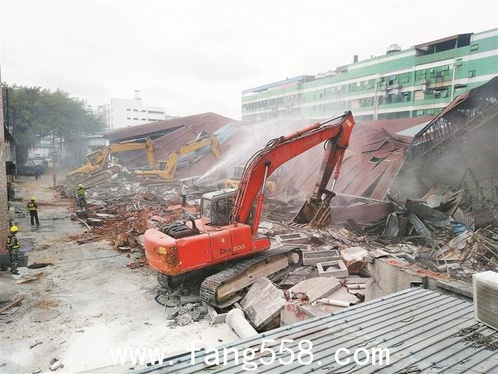 深圳:龙华街道开展统一拆除违建行动